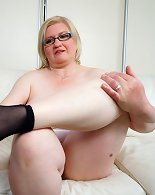 Chubby wife getting on her bed